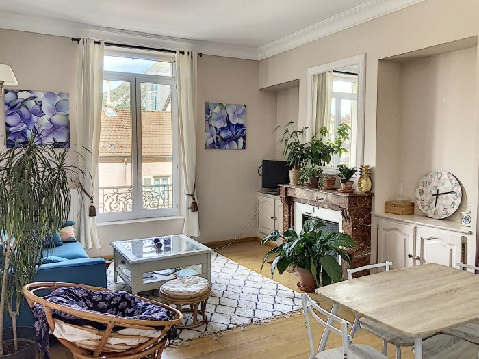 Zoom - Immobilier : T3 BERRIAT / ST BRUNO